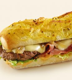 burger bacon raclette